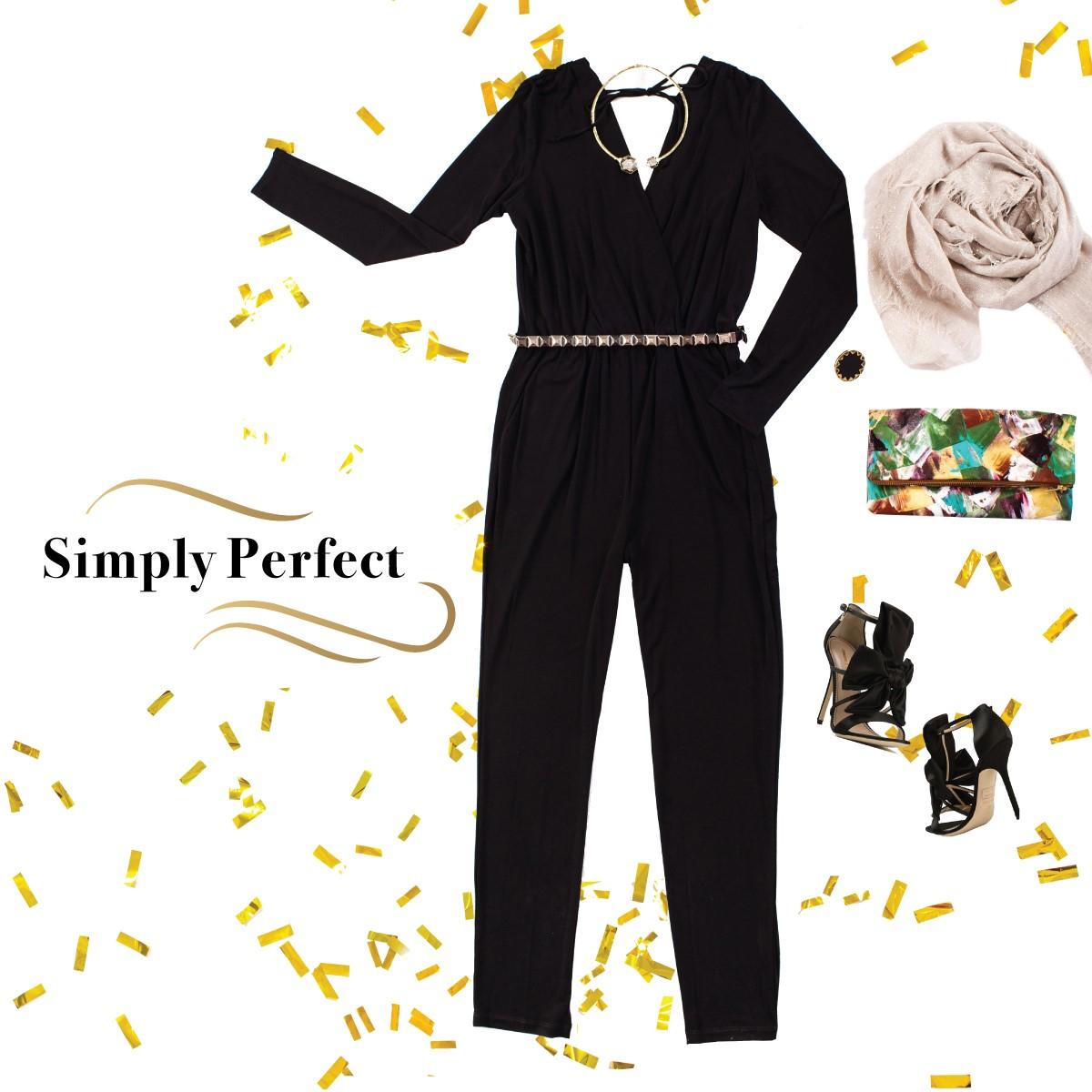 Sleek black jumper outfit New Years